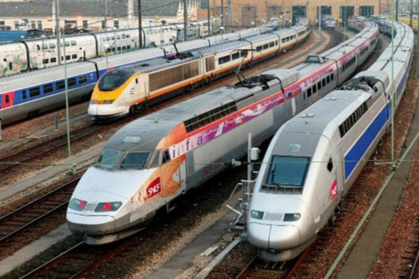 I nostri prodotti seguono la norma EN 45545-2 in materia di sicurezza del settore ferroviario